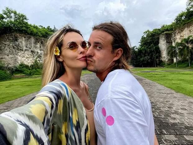 За мужем, как за стеной: как выглядят супруги популярных актрис России