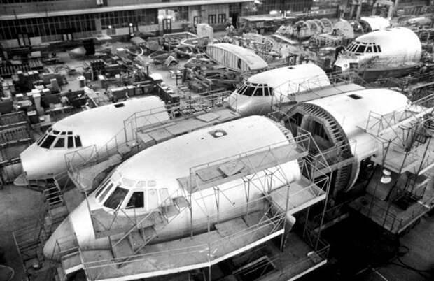 Ташкентский авиационный завод - раньше там собирали самолеты...