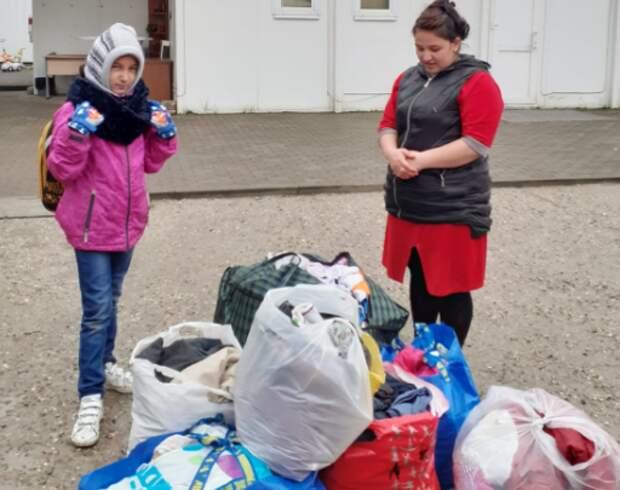 Волонтеры из Куркина помогли семьям из Таджикистана