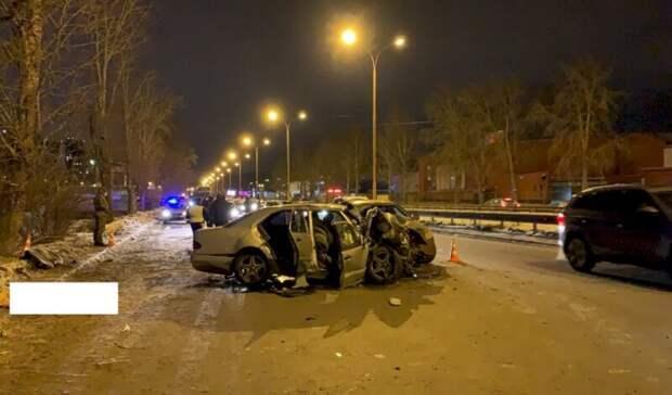 Обвиняемому в гибели двух человек в ДТП в Екатеринбурге грозит реальный срок
