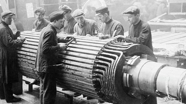 Инспецы часто приезжали вместе с технологиями и оборудованием, которые СССР активно закупал за границей