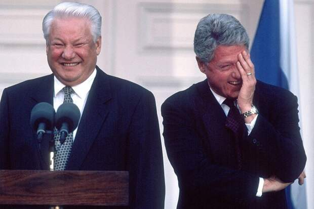 Кто виноват в развале дружбы США и Европы? Конечно, Путин!