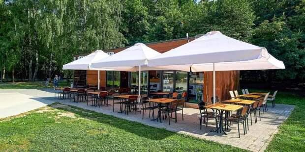 Более 7 тысяч кафе и ресторанов в Москве стали «бесковидными»