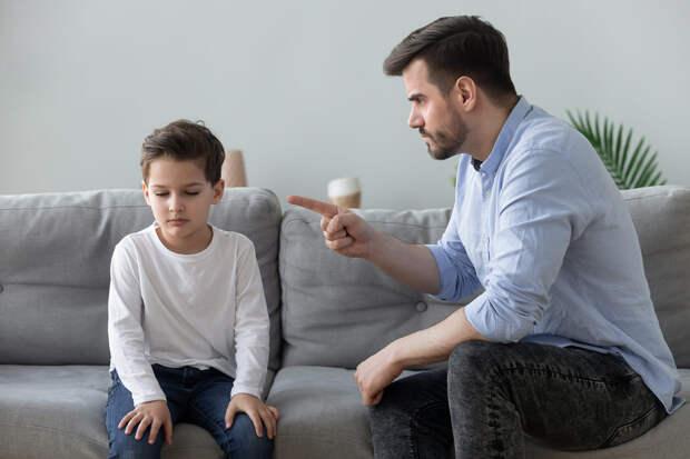 Что делать родителям, если их сын хочет носить макияж?