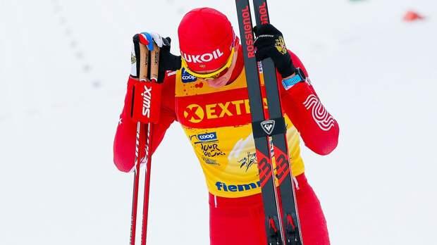 Норвежские лыжники заняли весь пьедестал в скиатлоне на этапе Кубка мира в Лахти, Большунов — 5-й