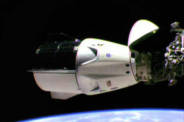 SpaceX запустила корабль Dragon к МКС