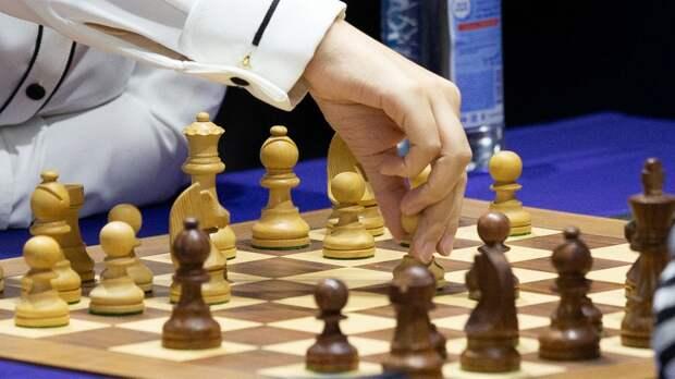 Россия и Индия разделили победу в первой шахматной онлайн-олимпиаде после потери подключения у игроков