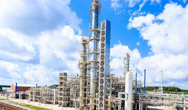 В2 раза увеличивает Ачинский НПЗ производство моторного топлива