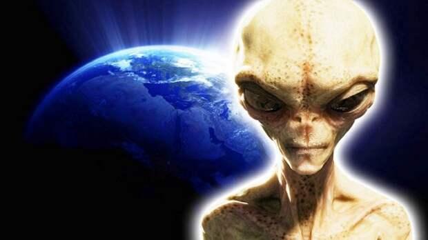 Экс-майор ВВС США заявил, что на американской военной базе застрелили инопланетяниназ