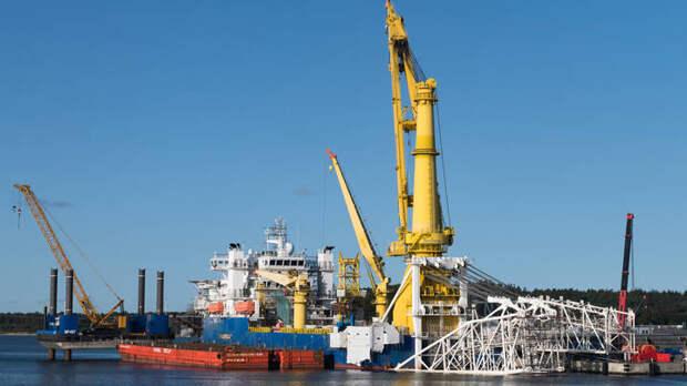 Варшава объявила Северный поток - 2 вне закона: Газпрому прилетел штраф на миллиарды