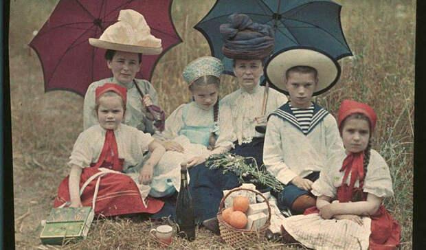 Дореволюционная Россия в первых цветных фотографиях 1910‑х годов Петра Веденисова
