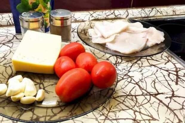 Ингредиенты для салата с кальмарами - это все что нам понадобится