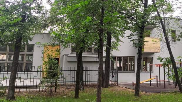 Фасадам клуба-столовой на Гоголевском бульваре в Москве вернули исторический облик