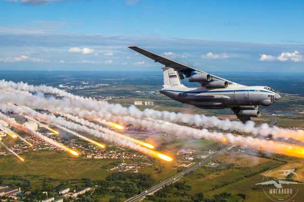 Тверские летчики готовятся поздравить с юбилеем крылатую пехоту