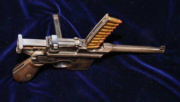 Маузер С96 — самый известный пистолет Гражданской войны