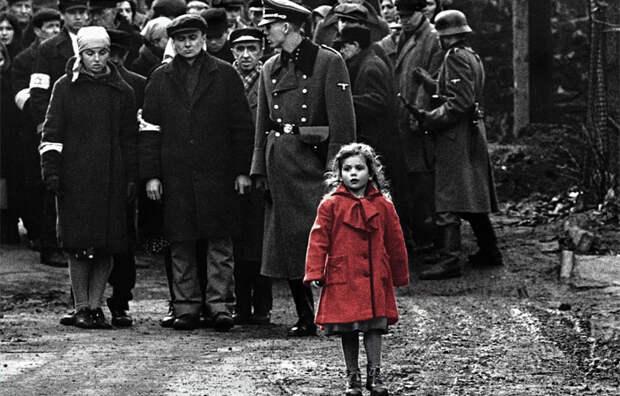 Настоящая история девочки в красном пальто, которая выжила в краковском гетто