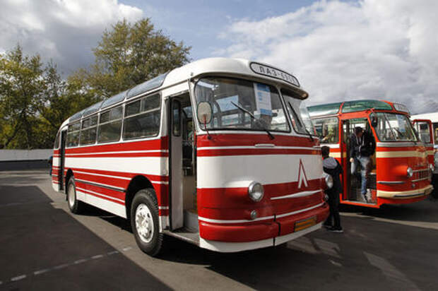 Автобусы нашего детства - выставка пассажирского транспорта