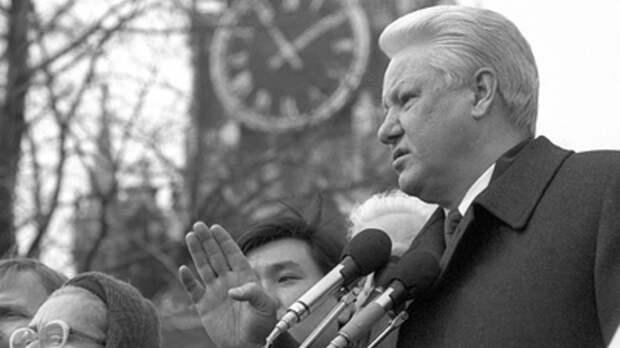 Кто подбил Ельцина на войну в Чечне: экс-депутат назвал подстрекателей