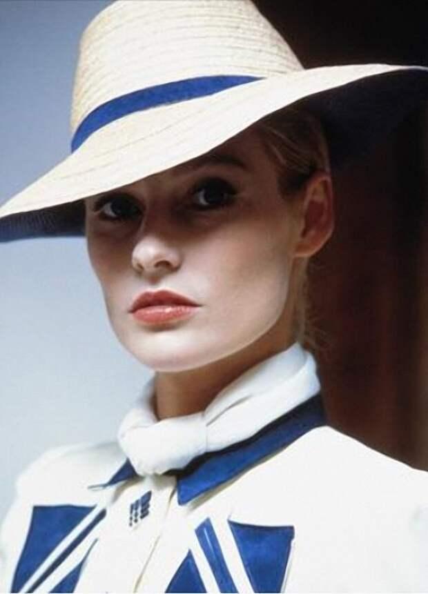 Ирландская красавица Элисон  Дуди