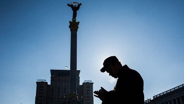 Украинская политики в ожидании санкций начали сдавать России своих коллег