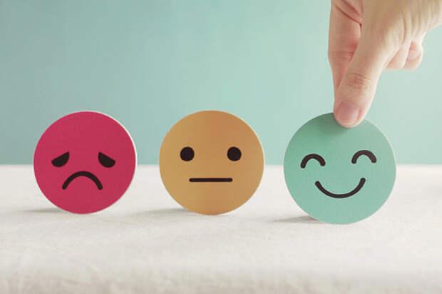 Специалист семейного центра из Лианозова поделилась лайфхаками для подростков в управлении своими эмоциями