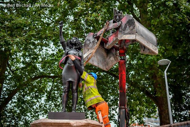 Война с памятниками. 17.07.2020