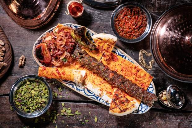 Как приготовить идеальный кебаб? Советы и рецепт от шеф-повара