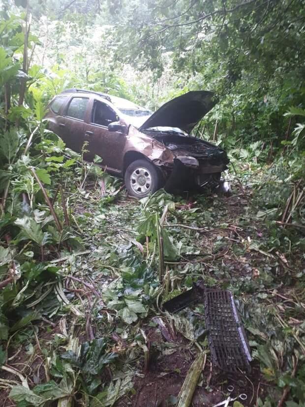 Вылетевший в кювет пожилой водитель скончался в Тверской области