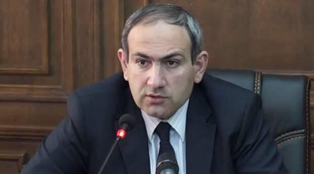 Ереван поддержал идею о введении российских миротворцев в Нагорный Карабах
