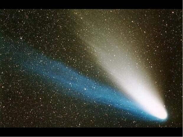 Инопланетяне управляют полетом комет?