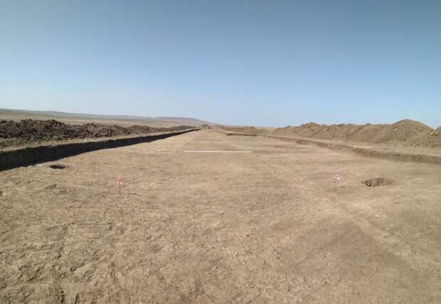 Пока раскопали только 10% территории: Археологи изучают найденное в Крыму поселение времён Золотой Орды. ФОТО