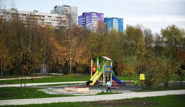 На юге столицы благоустроят 25 дворов на средства от платных парковок