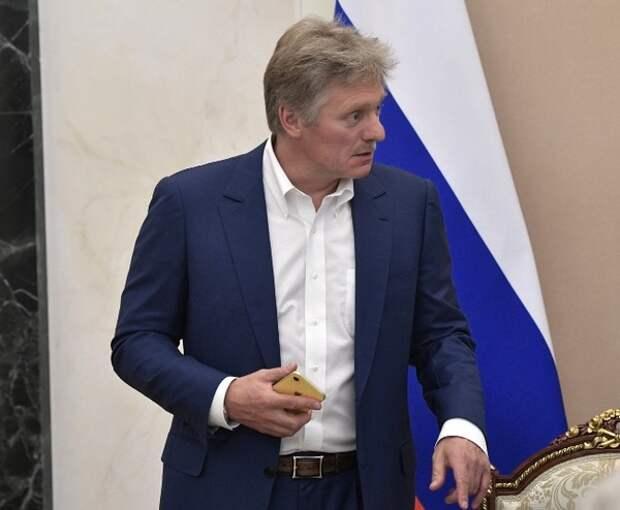 Песков пообещал, что Кремль поможет с эвакуацией Навального в зарубежную клинику