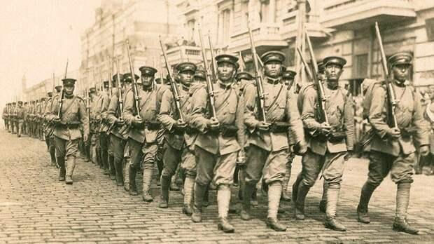 Почему Сталин в 30-х годах выгнал всех китайцев из СССР