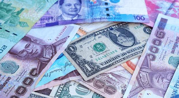 Официальные рыночные курсы инвалют на 23-25 октября установил Нацбанк Казахстана