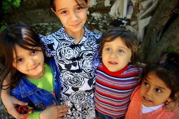 Турецкие дети - добрые и весёлые, хоть и шумные местами. Фото из открытых источников