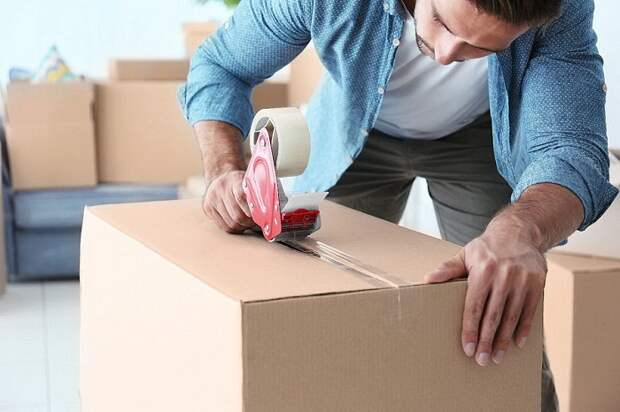9 лайфхаков, которые сохранят даже самые хрупкие вещи во время переезда