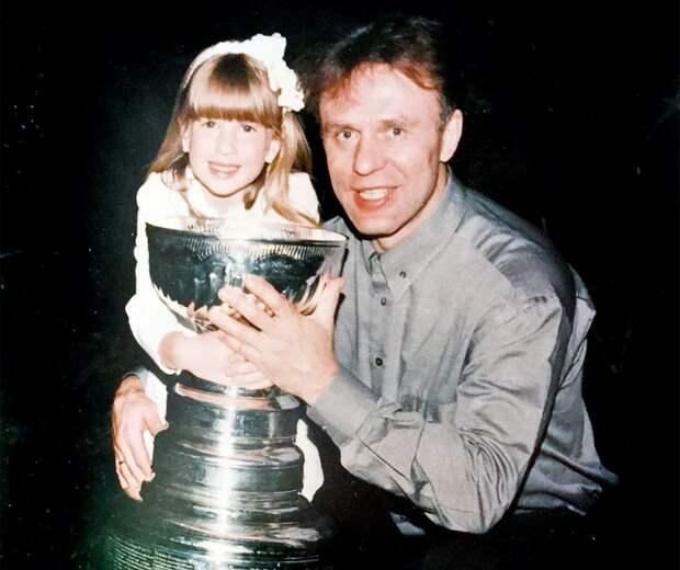 Анастасия Фетисова: «Папа принес Кубок Стэнли намой день рождения. Мальчики сходили сума»