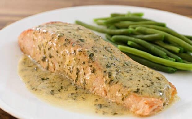 Жарим нежнейшую рыбу в лимонном масле: брызг почти нет и готова за 10 минут