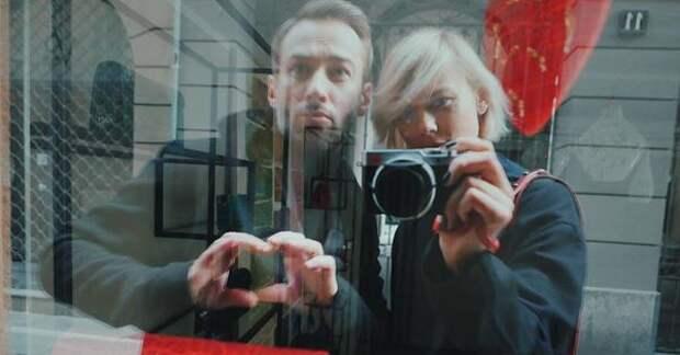 Возлюбленная Дмитрия Шепелева показала фото с округлившимся животом