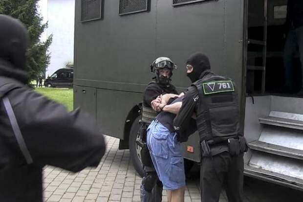 Задержанные в Белоруссии россияне заключены под стражу