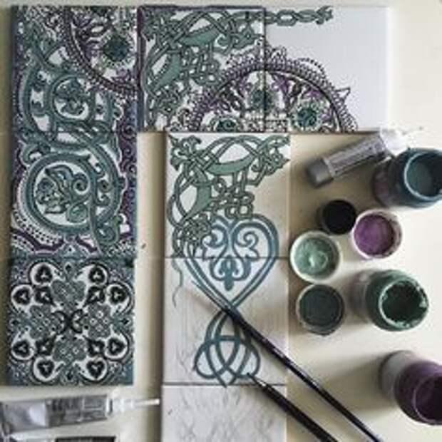 плитка с росписью красками зеркало