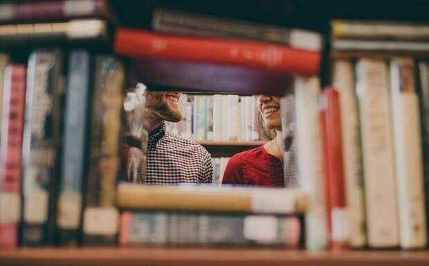 Библиотека на Весенней продлила срок сдачи книг