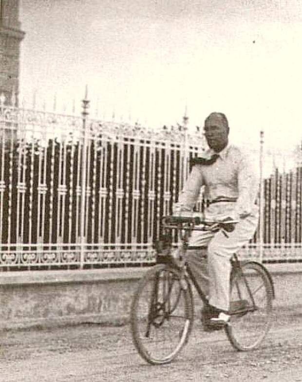 Велосипедист  Бенито Муссолини