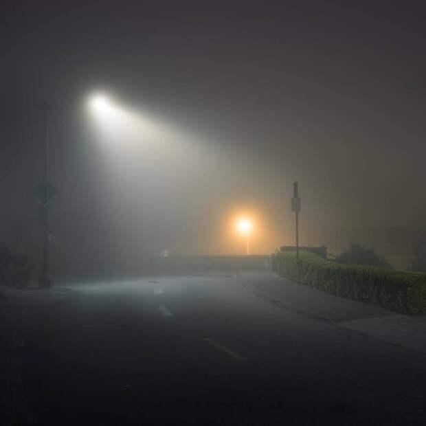 Фотограф делает потрясающие снимки таинственной ночной Калифорнии