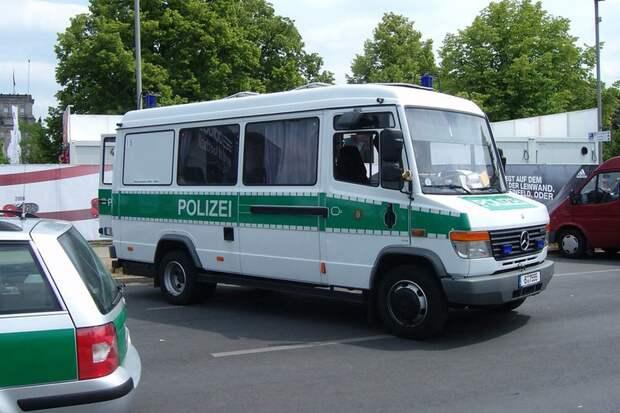 Полиция не стала опровергать версию теракта после стрельбы в Берлине