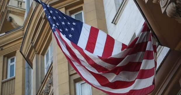 Неизвестный прорвался на территорию посольства США в Москве