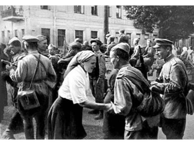 Спустя 76 лет: в Литве забыли, что ждало страну, если бы советские войска не победили оккупантов