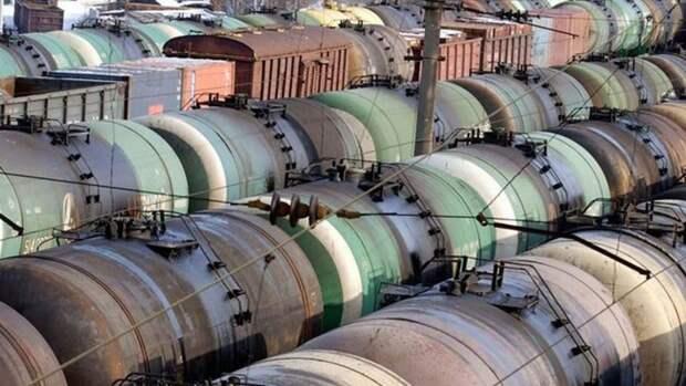 Казахстан запрещает ввоз бензина изРФжелезнодорожным транспортом