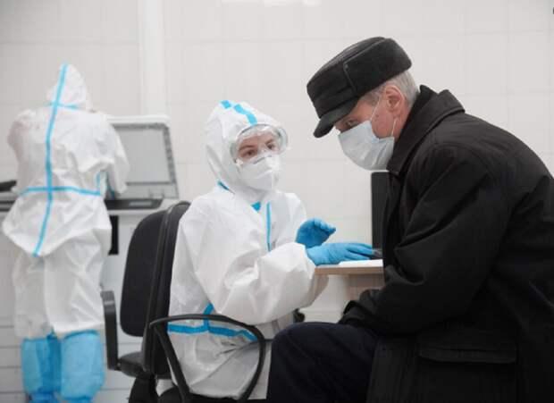 Волгоградский облздрав объяснил ситуацию с нехваткой врачей в поликлиниках